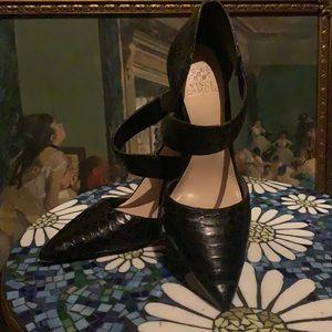 Vince Camuto heels like new